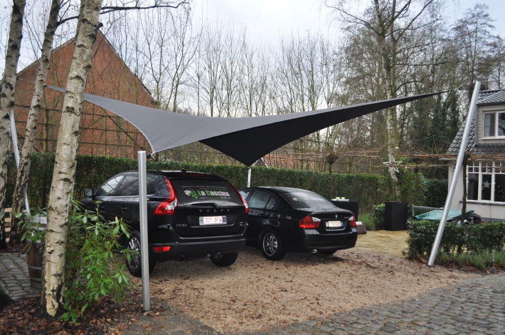 Carport zeiloverkapping bij La Cascina te Kapellen